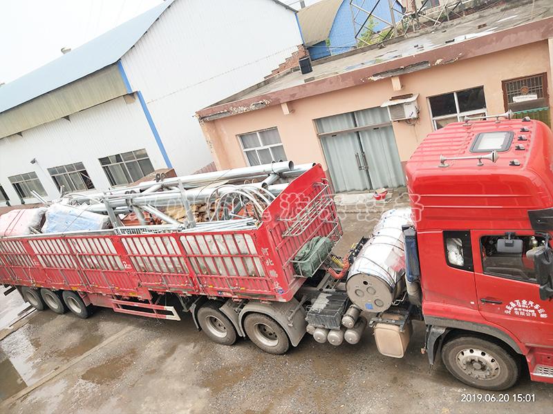 山xi晋cheng网红桥和户外拓展设备发货