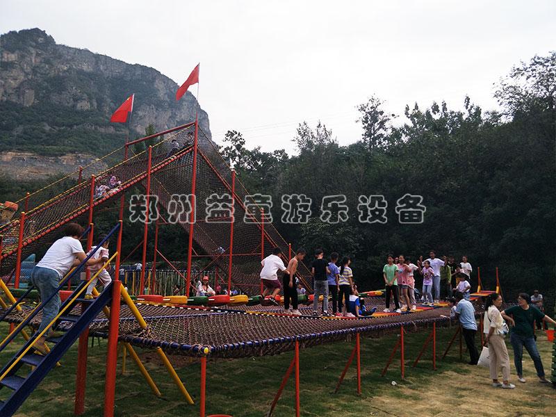 河南淇县体能乐园安装完毕