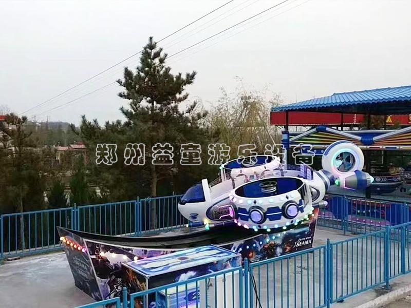 极速战警游乐she备_gong园轨道fei车